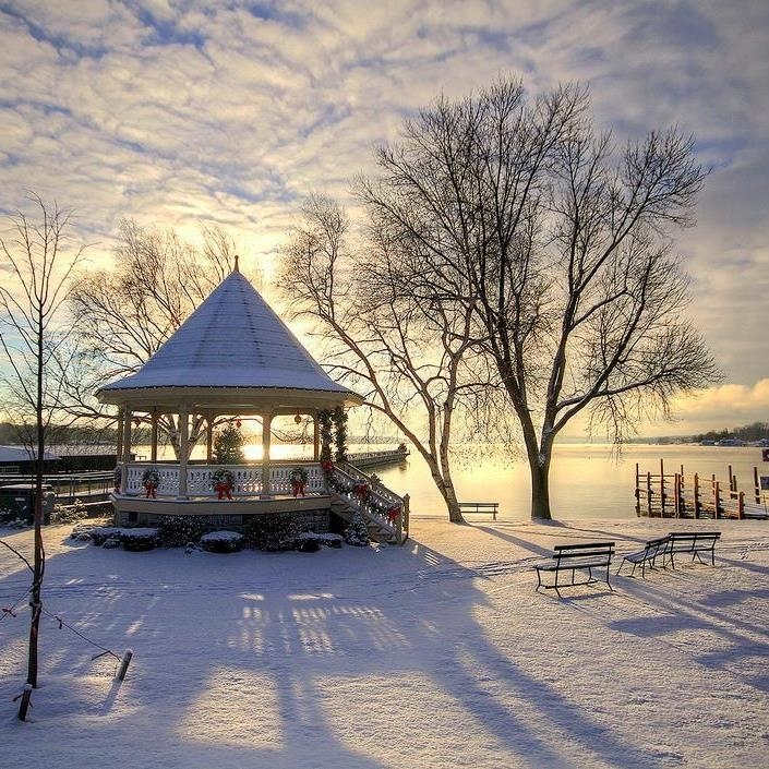 Gazebo in the winter
